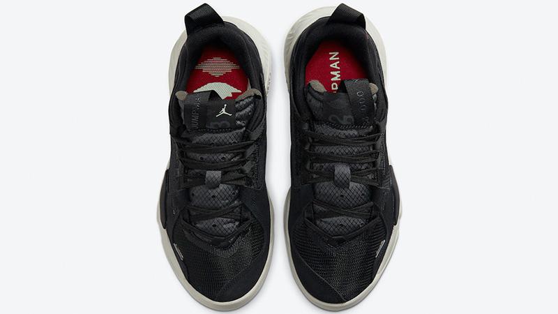 Jordan Delta SP Black Middle
