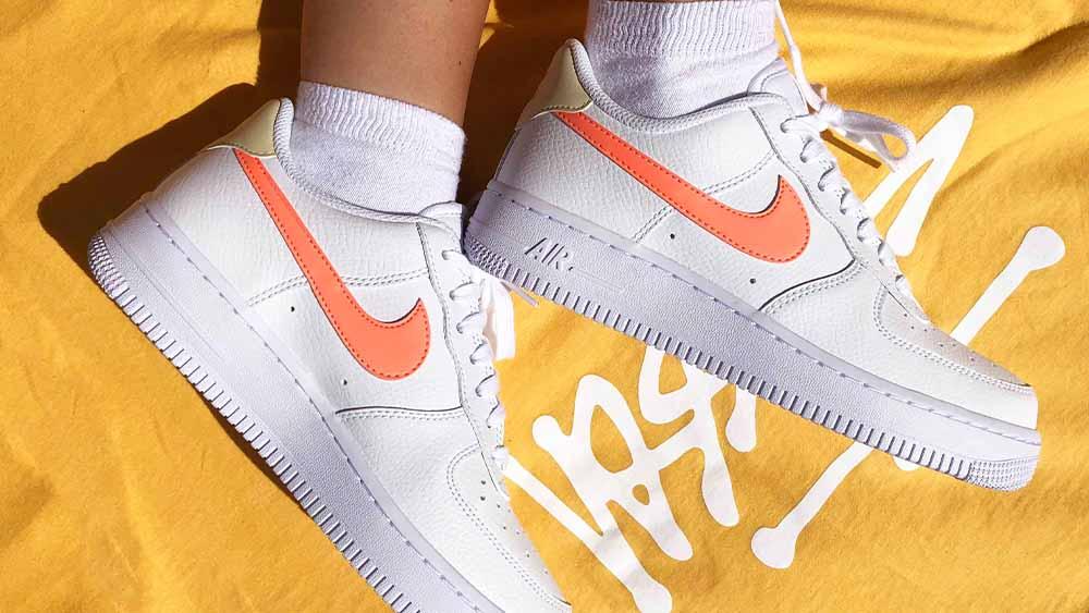Nike Air Force 1 White Orange feautre