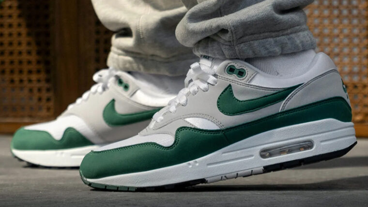 Nike Air Max 1 Anniversary Hunter Green On Foot Side thumbnail image