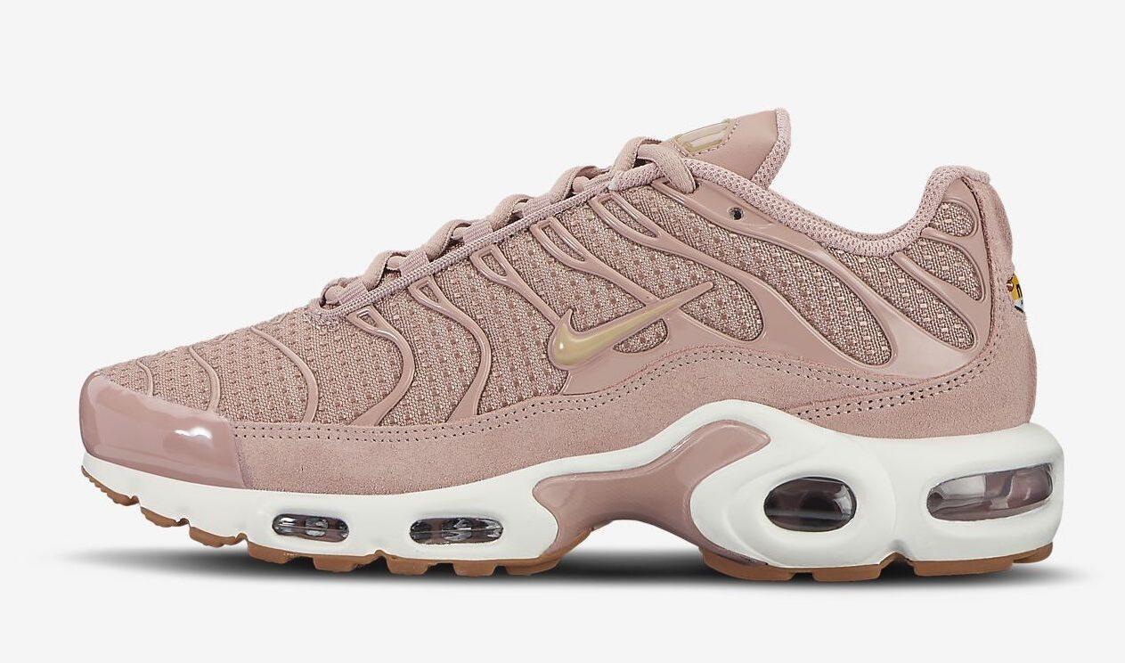 Nike Air Max Plus Particle Pink
