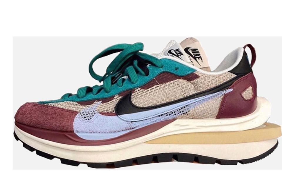 Sacai x Nike VaporWaffle Red Green