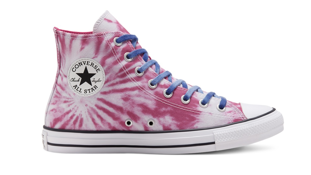 Twisted Vacation Chuck Taylor All Star