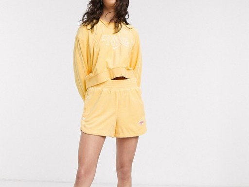 Nike Terry Towelling Shorts Topaz Gold