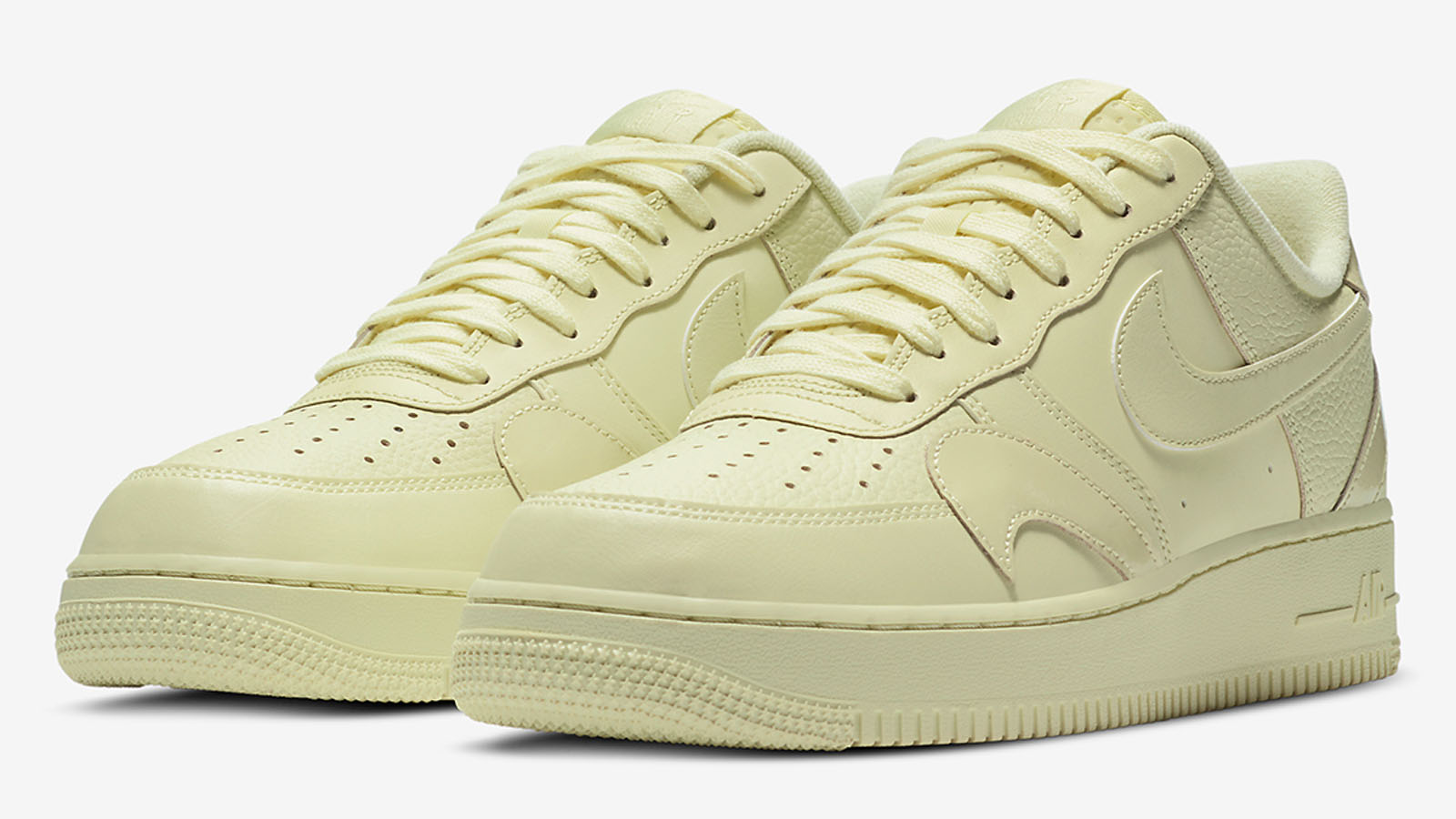 nike air force 1 misplaced Swoosh