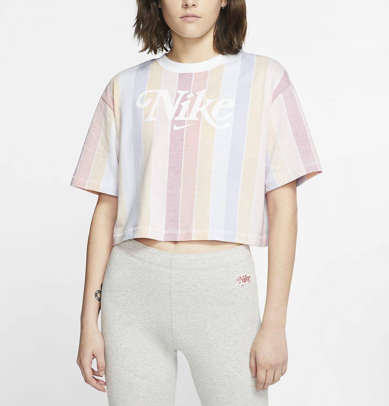 Nike Sportswear Crop T-Shirt Pastel