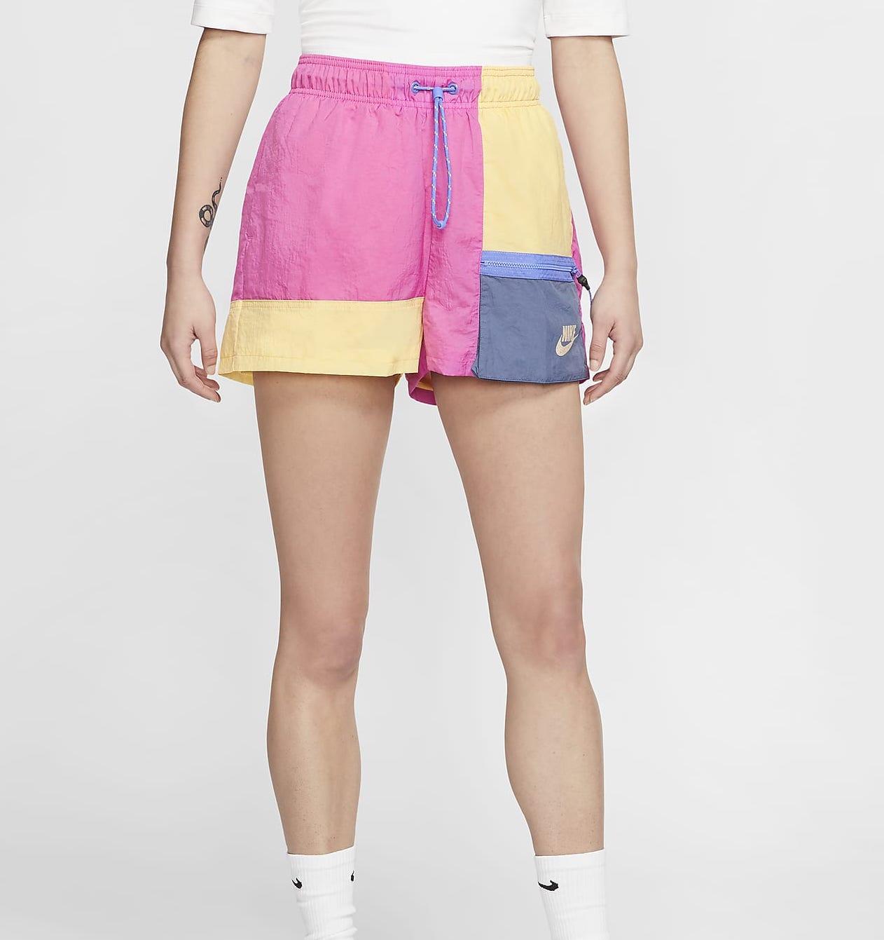 Nike Sportswear Icon Clash Shorts Pink