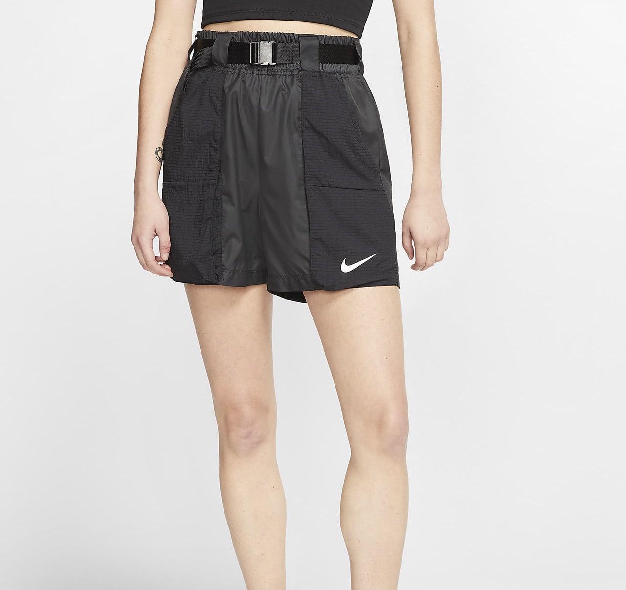 Nike Sportswear Swoosh Shorts Black