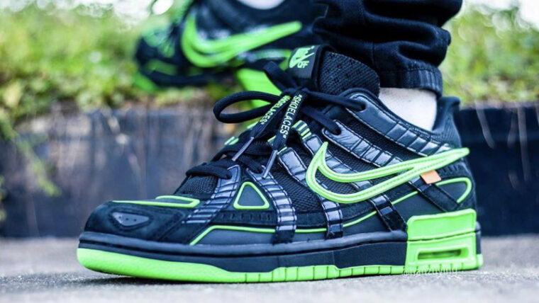Off-White x Nike Rubber Dunk Green Strike Black On Foot thumbnail image