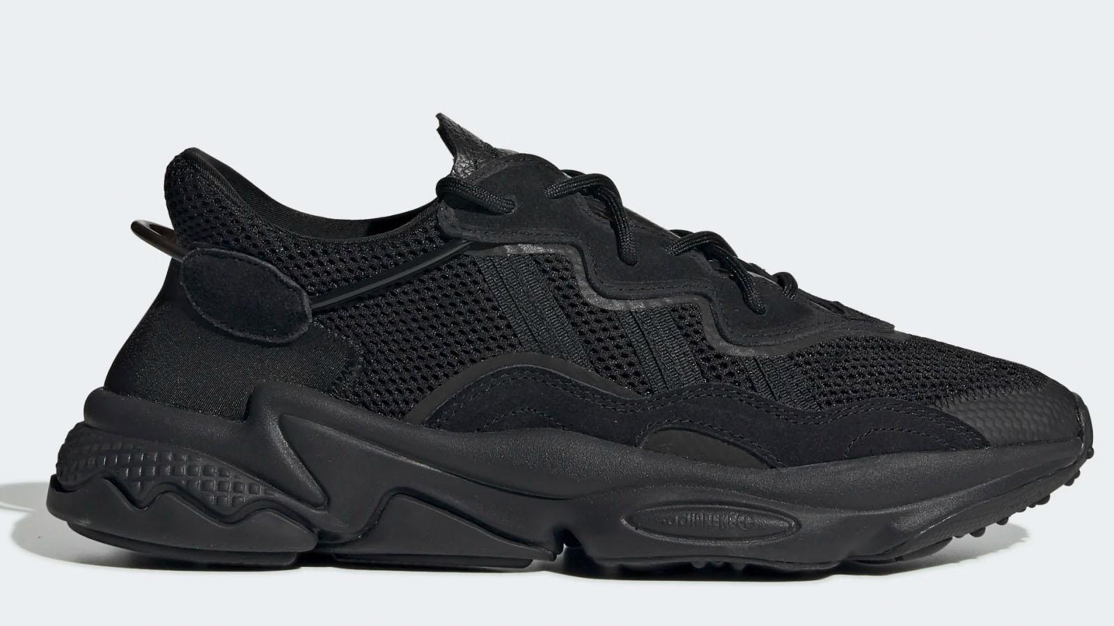 adidas triple black ozweego