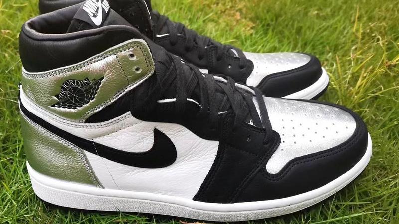 Jordan 1 High OG Metallic Silver Lifestyle