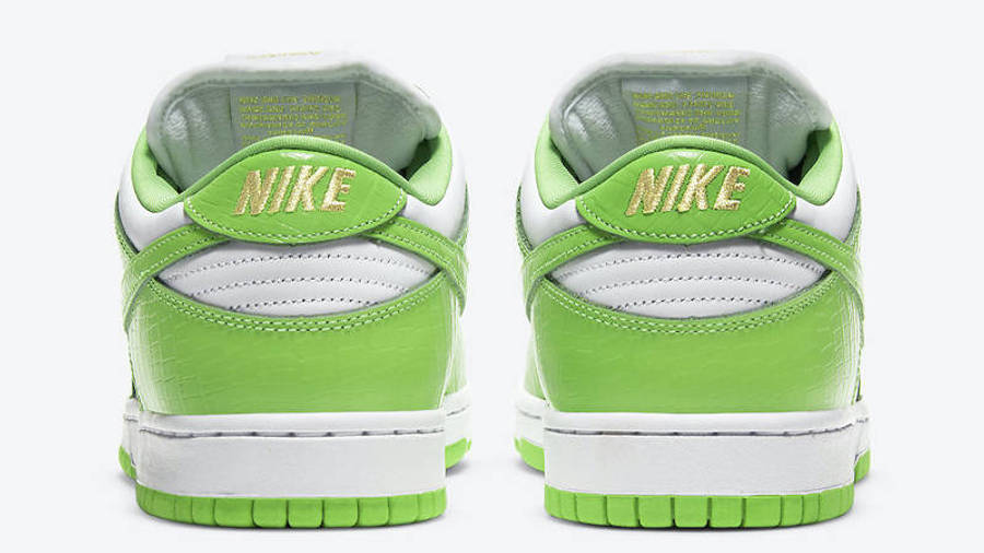 Supreme x Nike SB Dunk Low Stars Mean Green Back