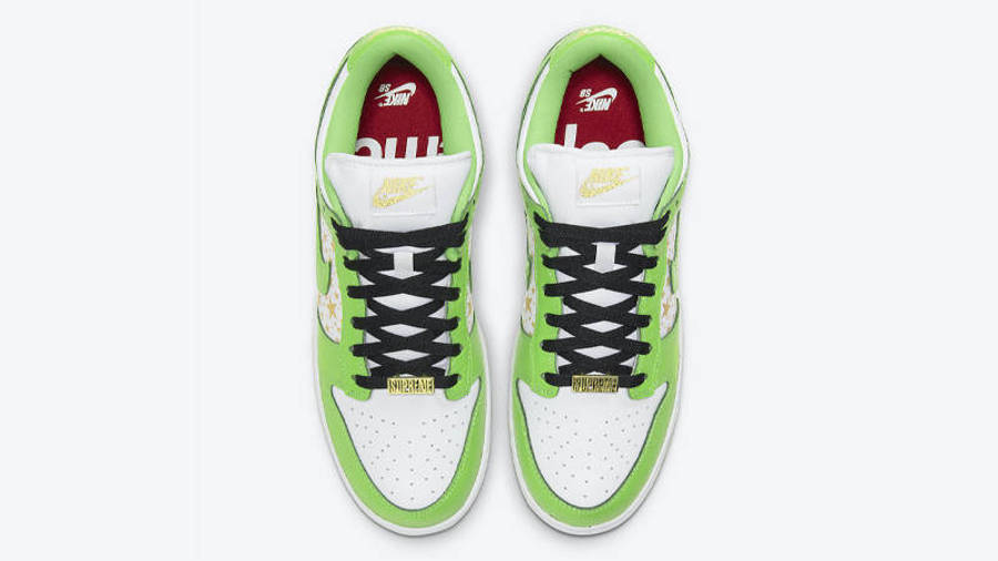 Supreme x Nike SB Dunk Low Stars Mean Green Middle