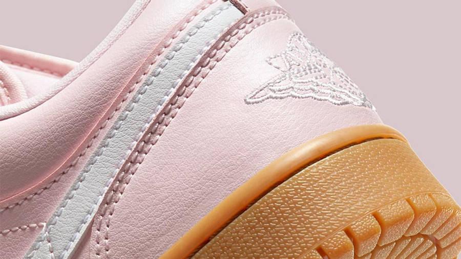 Jordan 1 Low Arctic Pink Gum Light Brown Closeup