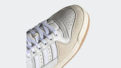 adidas Forum 84 Low Chalk White Front Detail