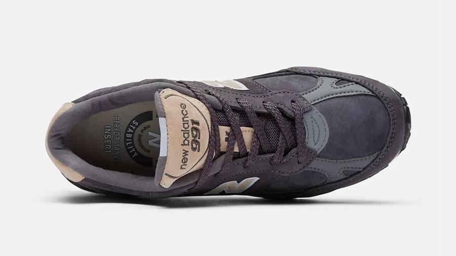 New Balance 991 Dark Grey Middle