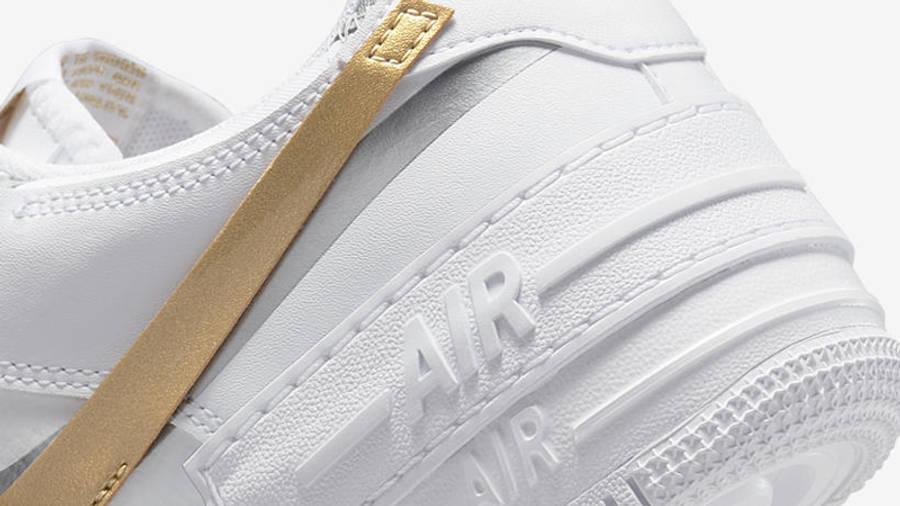 Nike air force one supreme Shadow White Metallic Gold Closeup