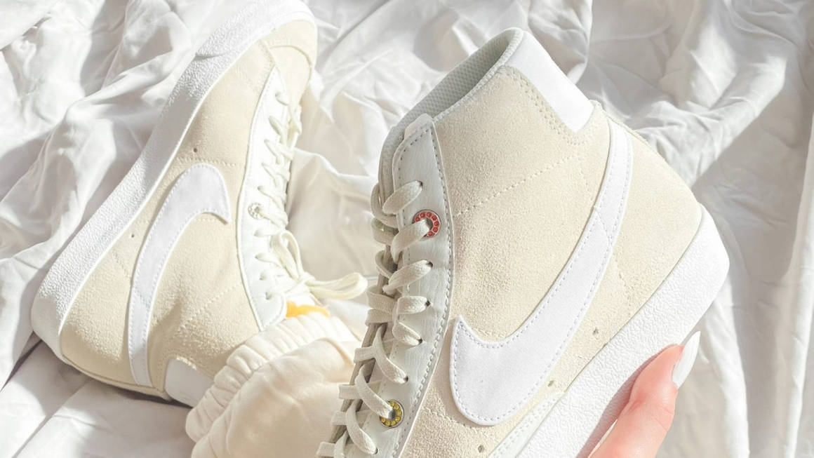 Nike Blazer Mid Light Bone Feature