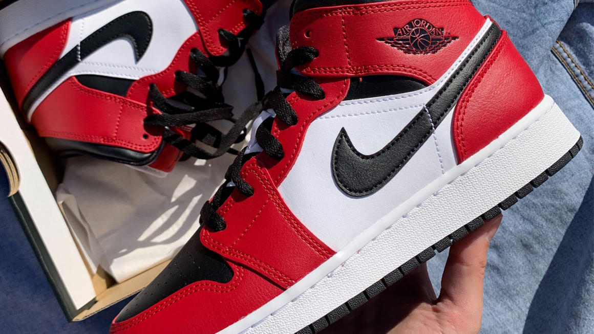 Air Jordan 1 Sizing: Does The Jordan 1 Fit True To Size? | The ...