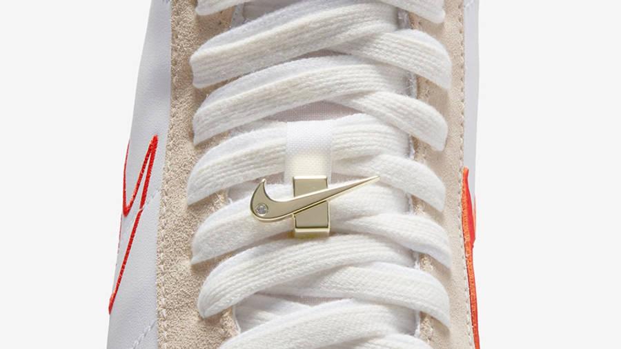Nike Blazer Mid 77 First Use Top Closeup