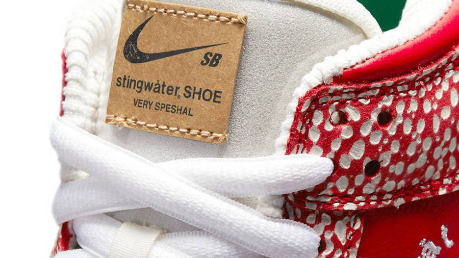 Stingwater x Nike SB Dunk Low Magic Mushroom Tongue
