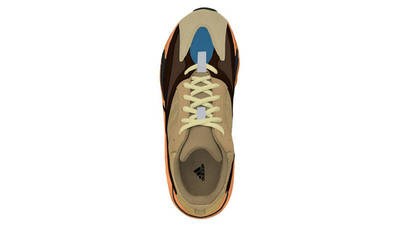 Yeezy Boost 700 Enflame Amber Middle