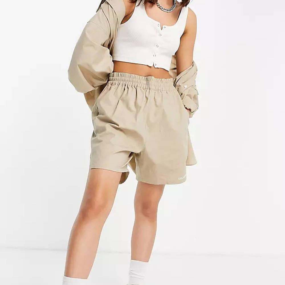 COLLUSION Nylon Shorts Beige Full